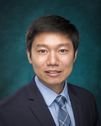 Headshot of Yao Shi